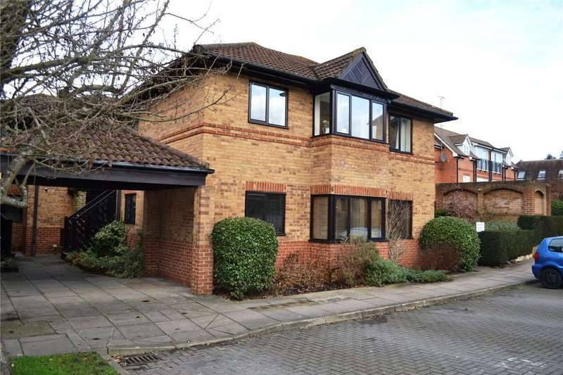 1 Bedroom Apartment Flat for sale in St Swithins Court, Polehampton Close, Twyford, RG10