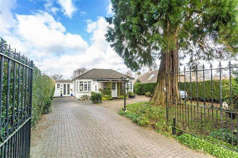 3 Bedrooms Bungalow for sale in Leazes Avenue, Chaldon, Surrey