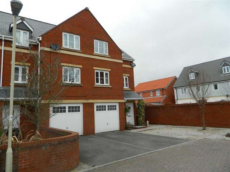4 Bedrooms Semi Detached House for rent in Seabrook Mews, Exeter, EX2