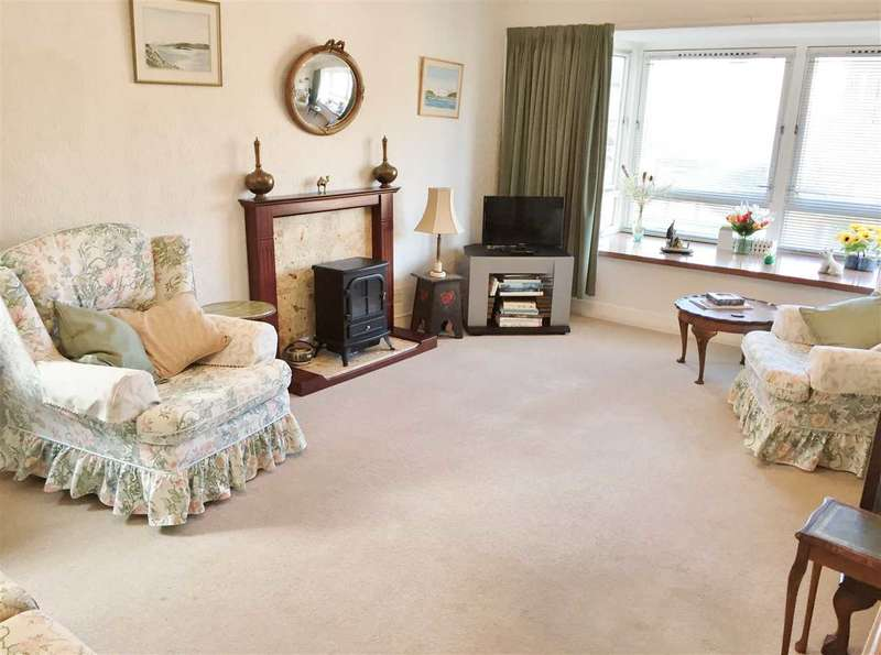 3 Bedrooms Apartment Flat for sale in Melville Court, Filey