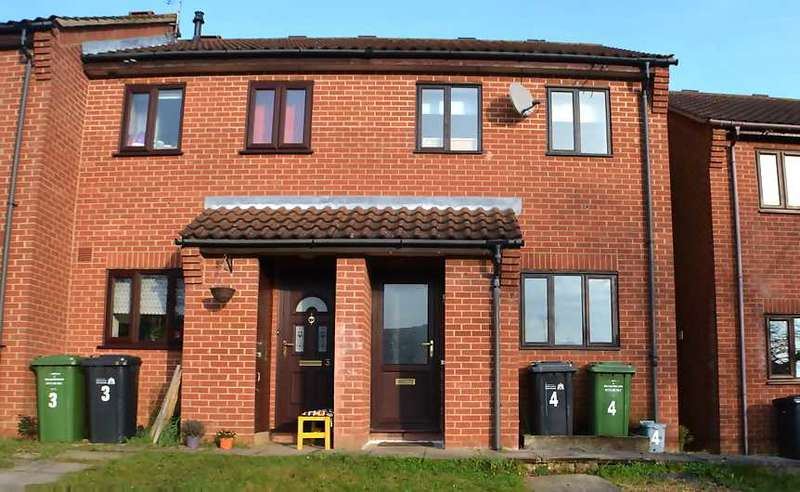 2 Bedrooms Terraced House for sale in Glaven, King's Lynn