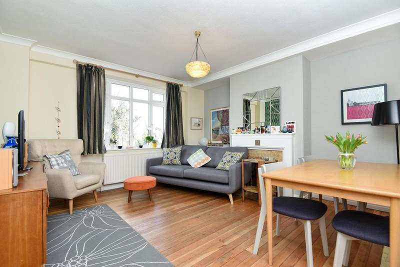 3 Bedrooms Flat for sale in Streatham High Road, Streatham, SW16