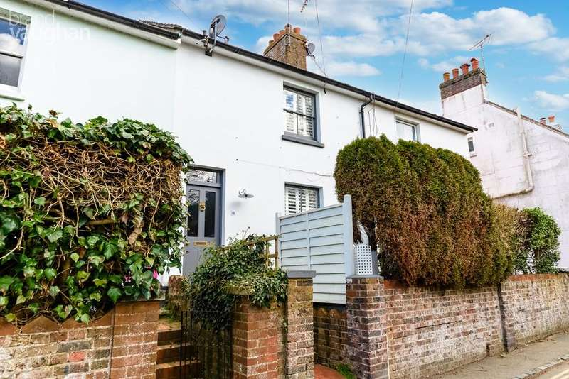 2 Bedrooms Terraced House for sale in Western Road, Hurstpierpoint, West Sussex, BN6