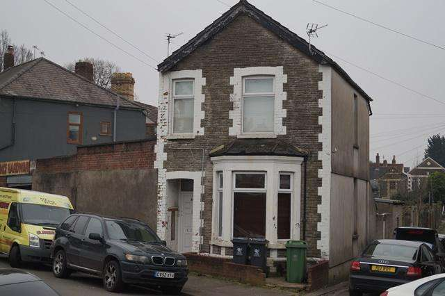 3 Bedrooms Detached House for sale in Stockland Street, Grangetown, Grangetown, Cardiff CF11