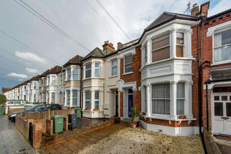 2 Bedrooms Flat for sale in Gleneagle Road, SW16