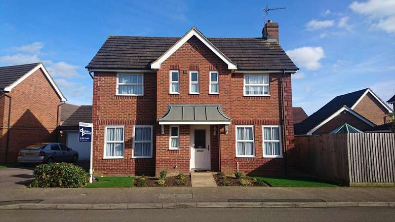 3 Bedrooms Detached House for sale in Heron Drive, Brackley