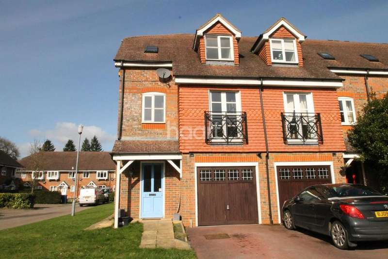 4 Bedrooms End Of Terrace House for sale in Royal Huts Avenue, Hindhead, Surrey
