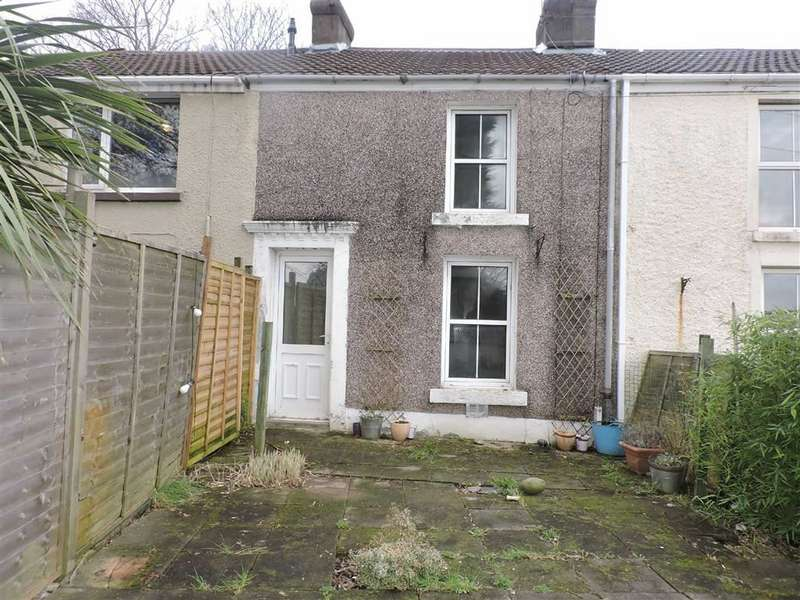 2 Bedrooms Property for sale in Davies Row, Treboeth