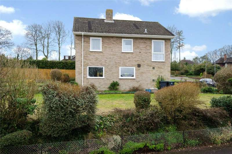 3 Bedrooms Detached House for sale in Harnwood Road, Salisbury