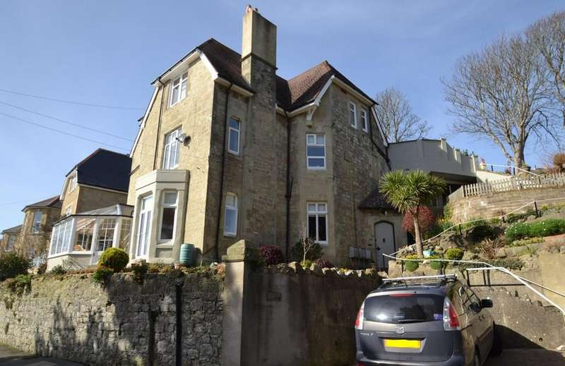 3 Bedrooms Apartment Flat for sale in Madeira Road, Ventnor