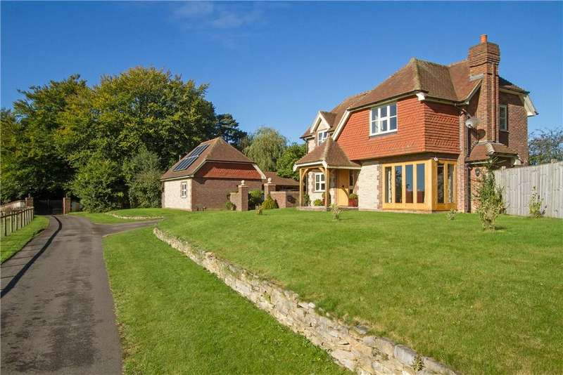 4 Bedrooms Detached House for sale in Hewshott Lane, Liphook, Hampshire, GU30