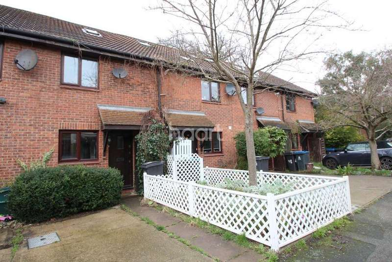 3 Bedrooms Terraced House for sale in Haygreen Close