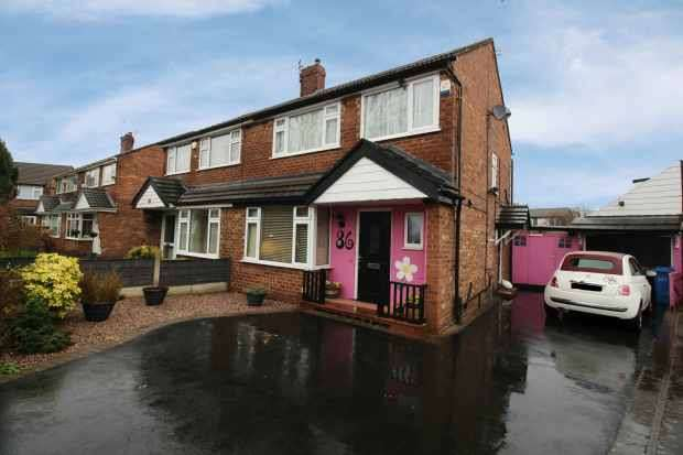 3 Bedrooms Semi Detached House for sale in Earle Road,, Stockport, Cheshire, SK7 3HD