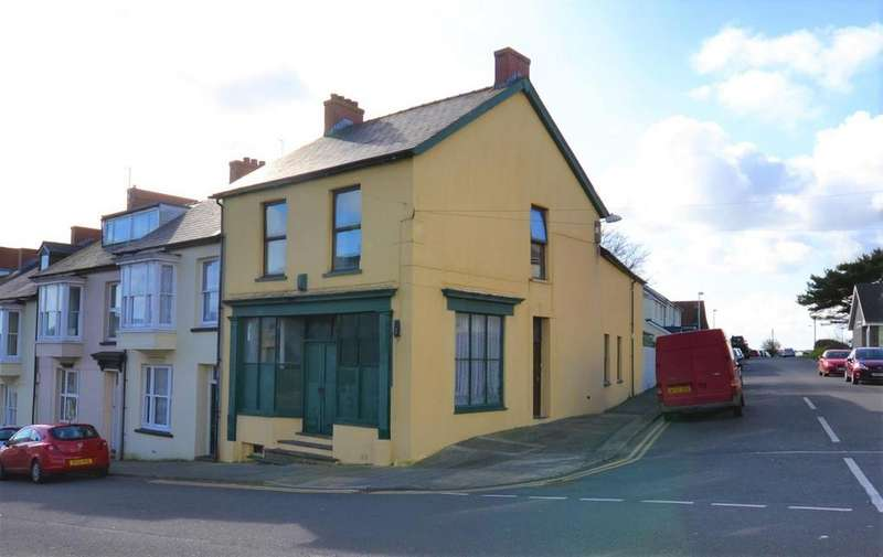 3 Bedrooms End Of Terrace House for sale in Neyland