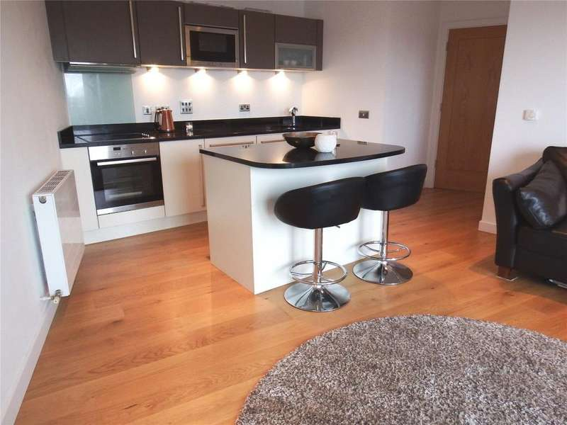1 Bedroom Flat for sale in Candle House, 1 Wharf Approach, Leeds, West Yorkshire, LS1
