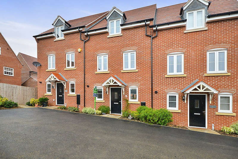 3 Bedrooms Property for sale in Amarella Lane, Kirkby-In-Ashfield, Nottingham, NG17