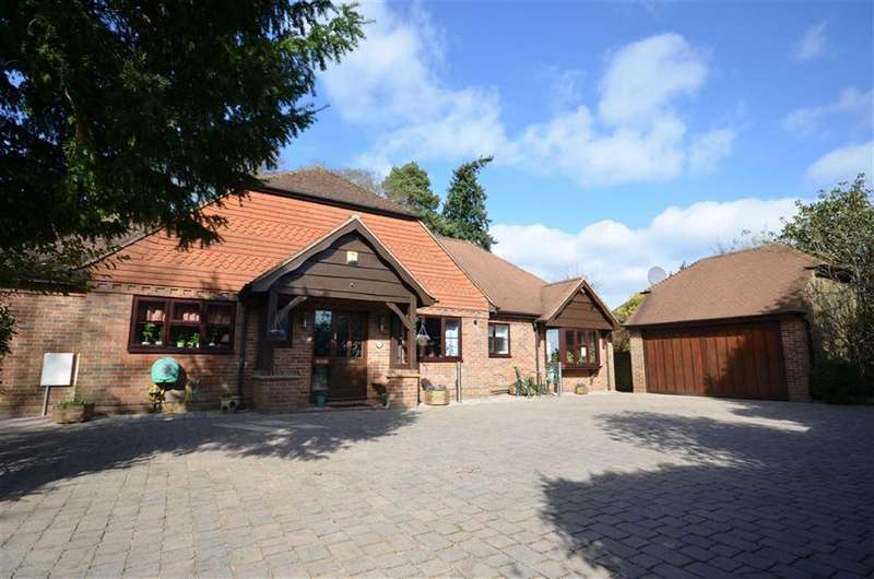 5 Bedrooms House for sale in Upper Hale Road, Farnham