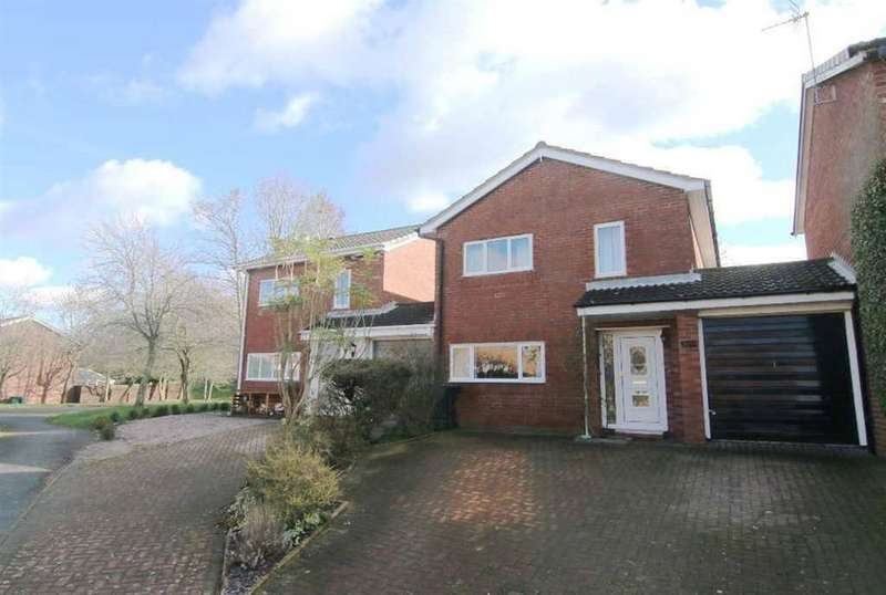 3 Bedrooms Detached House for sale in Dane Grove, Mickle Trafford