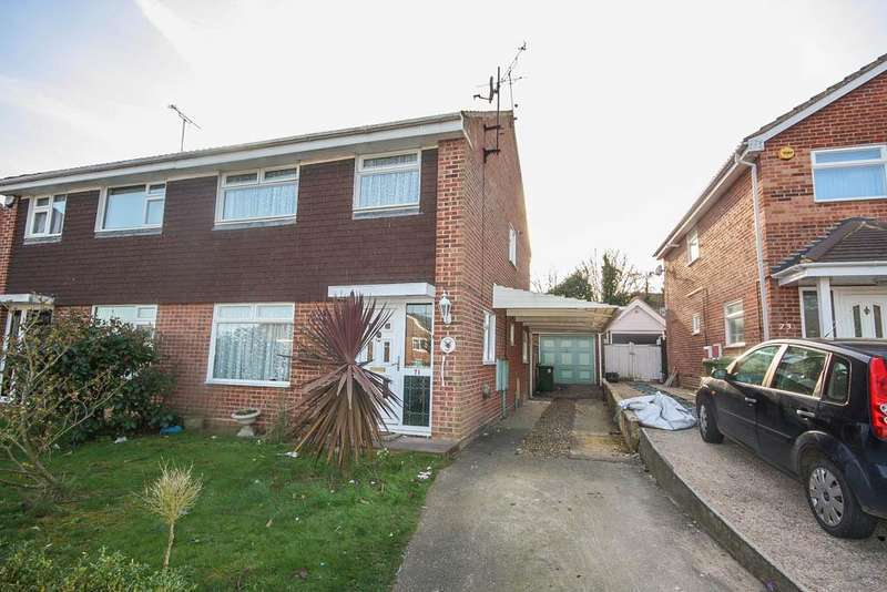 3 Bedrooms Semi Detached House for sale in Stonechat Road, Billericay CM11