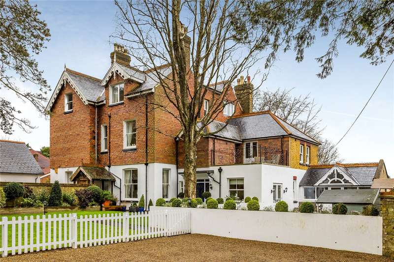 4 Bedrooms Semi Detached House for sale in Firs Road, Kenley, CR8