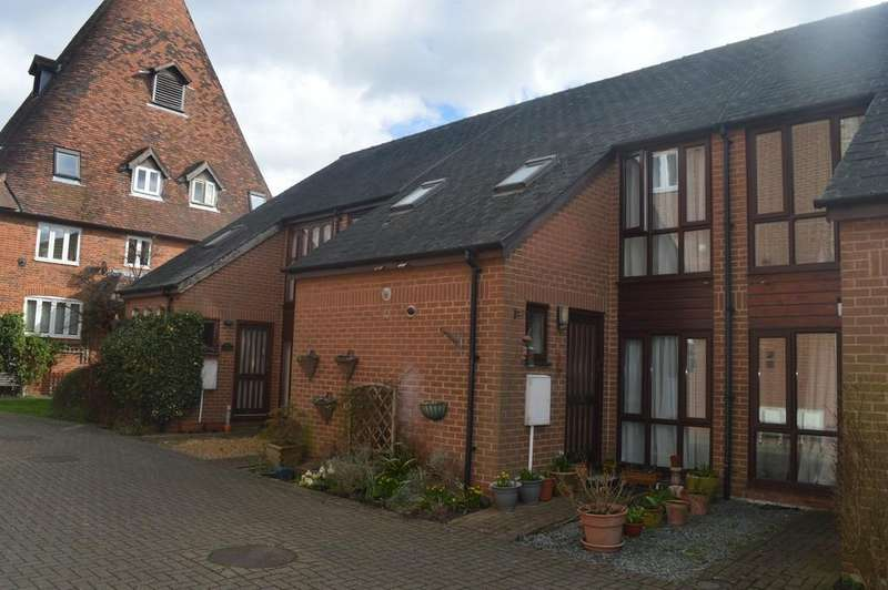 2 Bedrooms Terraced House for sale in Oast Court, Bury St. Edmunds