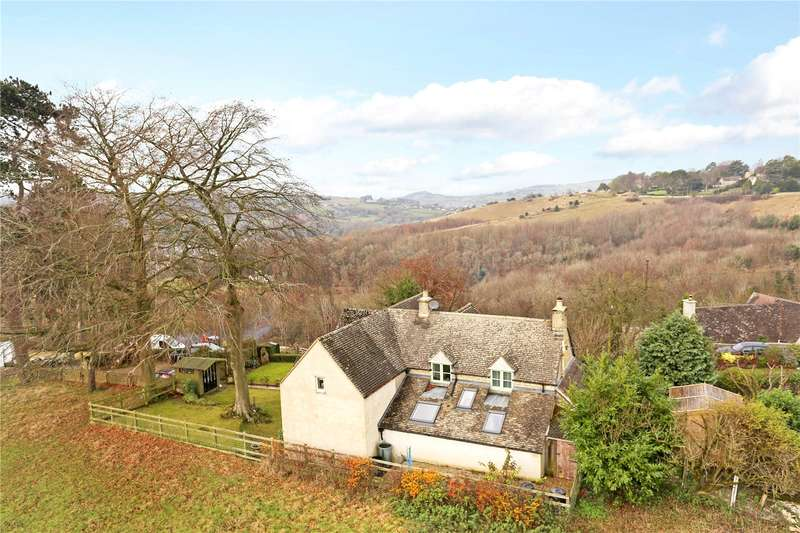 4 Bedrooms Detached House for sale in Houndscroft, Rodborough, Stroud, Gloucestershire, GL5