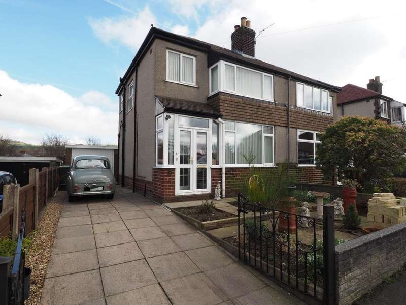 3 Bedrooms Semi Detached House for sale in Beresford Road, Chapel-en-le-Frith, High Peak, Derbyshire, SK23 0NY