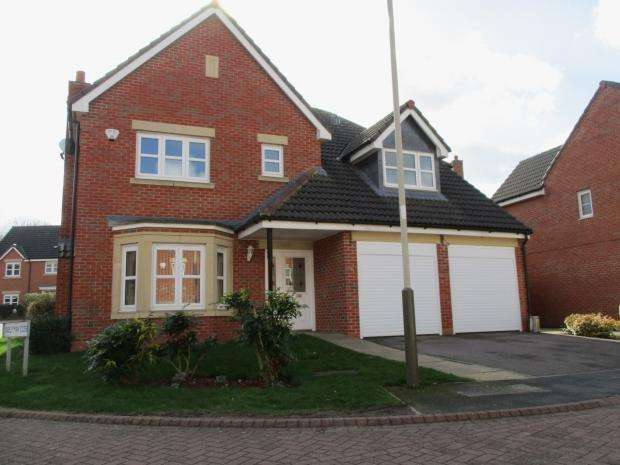 4 Bedrooms Detached House for sale in Wainwright Avenue Hamilton Leicester