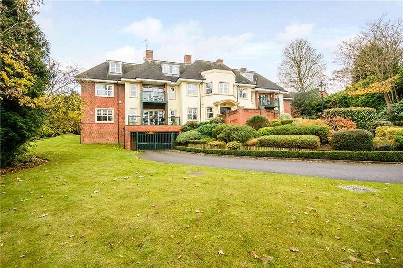 2 Bedrooms Flat for sale in Crompton Hall, South Park, Gerrards Cross, Buckinghamshire