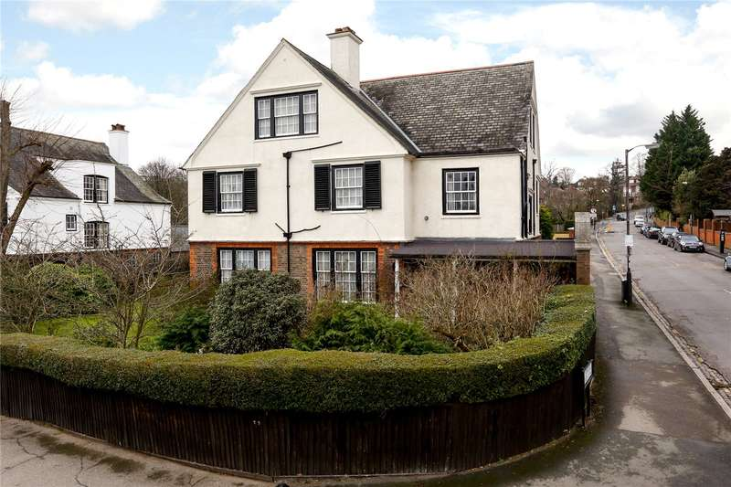 9 Bedrooms Detached House for sale in Woodside, London, SW19