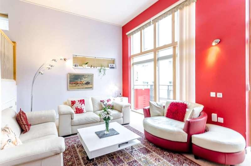 3 Bedrooms Maisonette Flat for sale in Teal Street, Greenwich Millennium Village, SE10