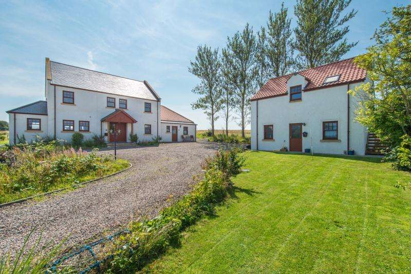 5 Bedrooms Detached House for sale in 1 Barnslaw Cottages, Kingsbarns, St. Andrews, KY16