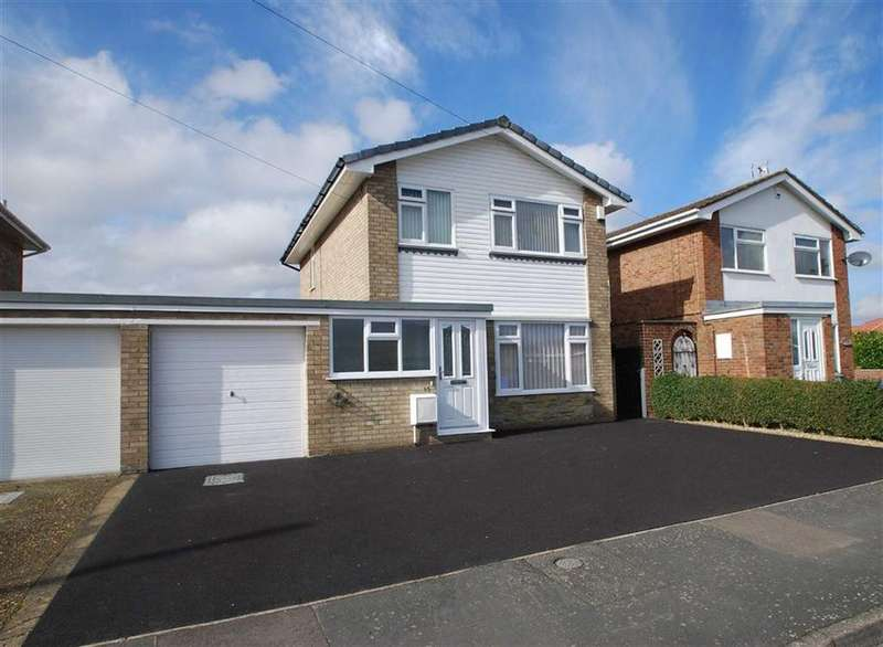 3 Bedrooms Link Detached House for sale in Arundel Crescent, Boston