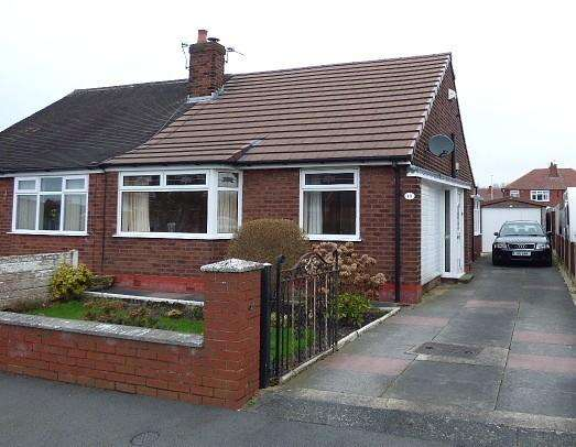 2 Bedrooms Bungalow for sale in Sydney Avenue, Leigh