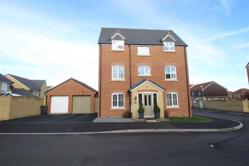 4 Bedrooms Property for sale in Mustang Way, Moulden View, Swindon