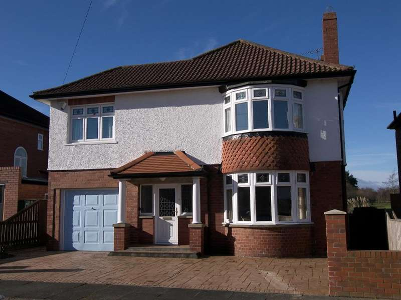 3 Bedrooms Detached House for sale in Churchburn Drive, Loansdean, Morpeth