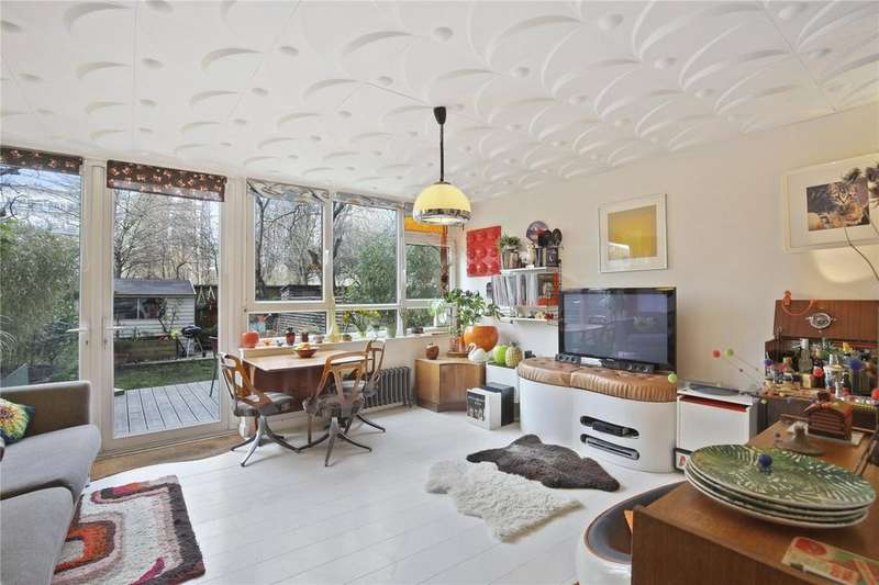 3 Bedrooms Apartment Flat for sale in Pollard Street, Bethnal Green, E2