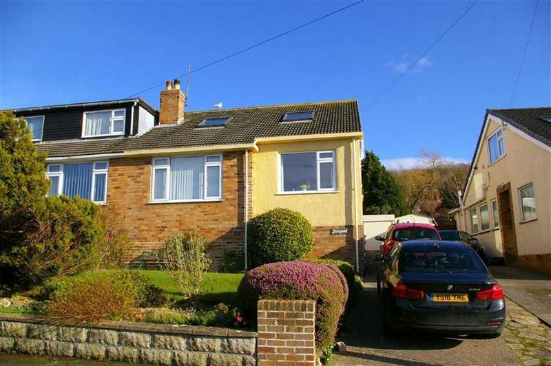 3 Bedrooms Semi Detached Bungalow for sale in Cambrian Drive, Rhos On Sea, Colwyn Bay