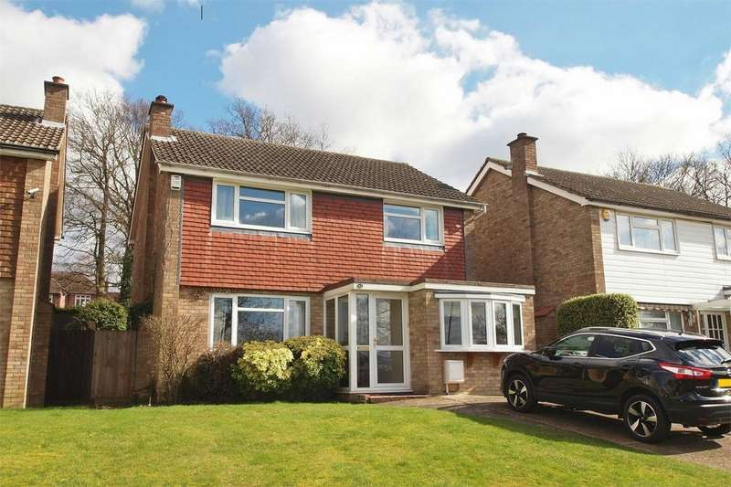4 Bedrooms Detached House for sale in White Oak Drive, Beckenham, Kent