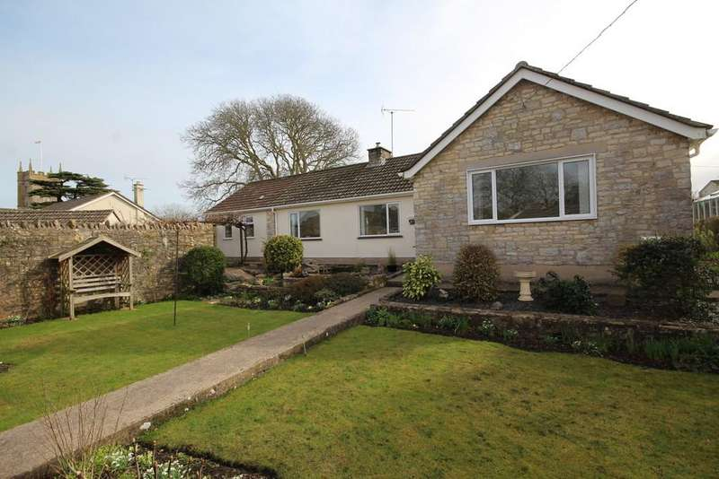 3 Bedrooms Detached Bungalow for sale in Rectory Close, Farmborough