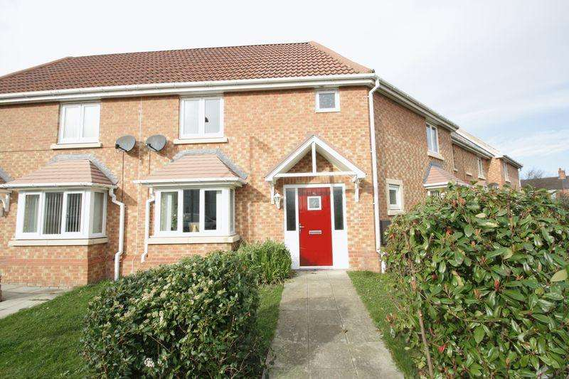 3 Bedrooms Terraced House for sale in Clough Close, Linthorpe, Middlesbrough, TS5 5EX