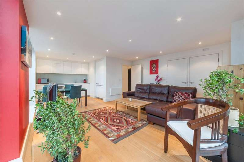 2 Bedrooms Flat for sale in Tiltman Place, London