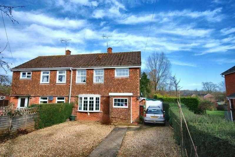 3 Bedrooms Semi Detached House for sale in High Street, Damerham, Fordingbridge, Hampshire, SP6