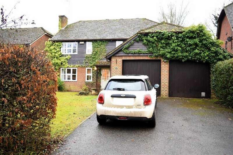 5 Bedrooms Detached House for sale in Well Close, Leigh, TN11