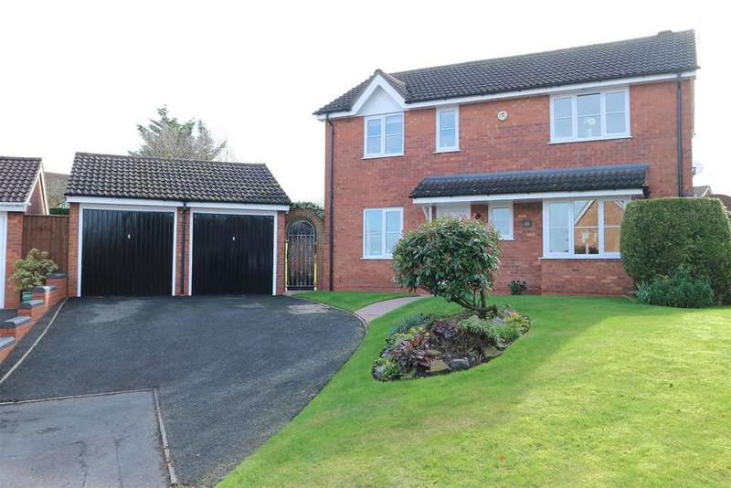 4 Bedrooms Detached House for sale in Rannoch Close, Brierley Hill