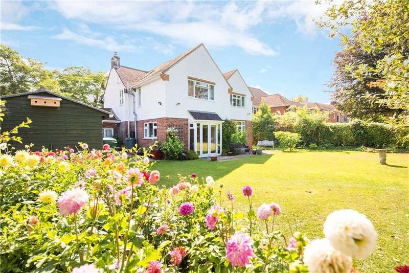 5 Bedrooms Detached House for sale in Manor Road, Barton-le-Clay, Bedford, Bedfordshire