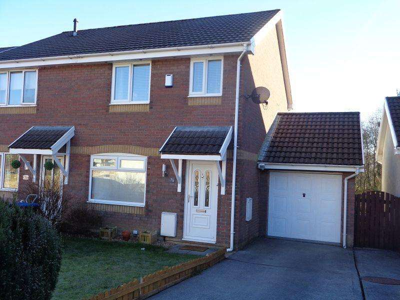 3 Bedrooms End Of Terrace House for sale in Pen-Y-Parc , Ebbw Vale, Blaenau Gwent.