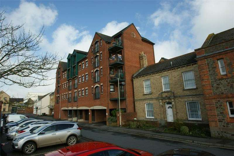2 Bedrooms Apartment Flat for sale in 22 Riverside Court, Barnstaple, EX31 1ET