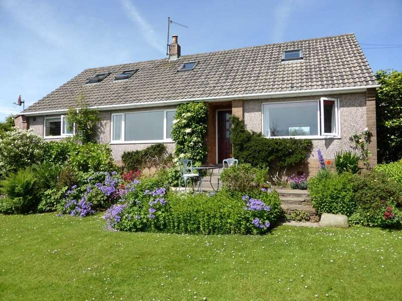 4 Bedrooms Detached Bungalow for sale in Pennine Way, Bankfield, Beckermet, Cumbria