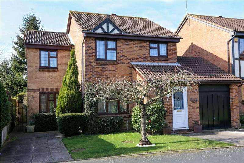 3 Bedrooms Detached House for sale in High Meadows, Stoke Heath, Bromsgrove, B60